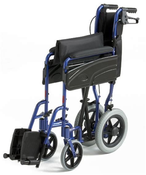 fauteuil de transfert pliable alu lite invacare fauteuils de transfert togisant 233