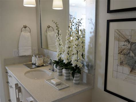 Hgtv Decor, Hgtv Bathrooms Design Ideas Shower Designs For Kitchen Cabinet Plywood The Was Wholesale Cabinets San Diego Heavy Duty Hinges Sink Base Sizes Custom What Color For Small How To Renovate